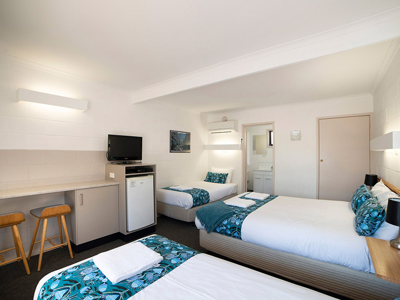 Halls Gap Motel: Family Room